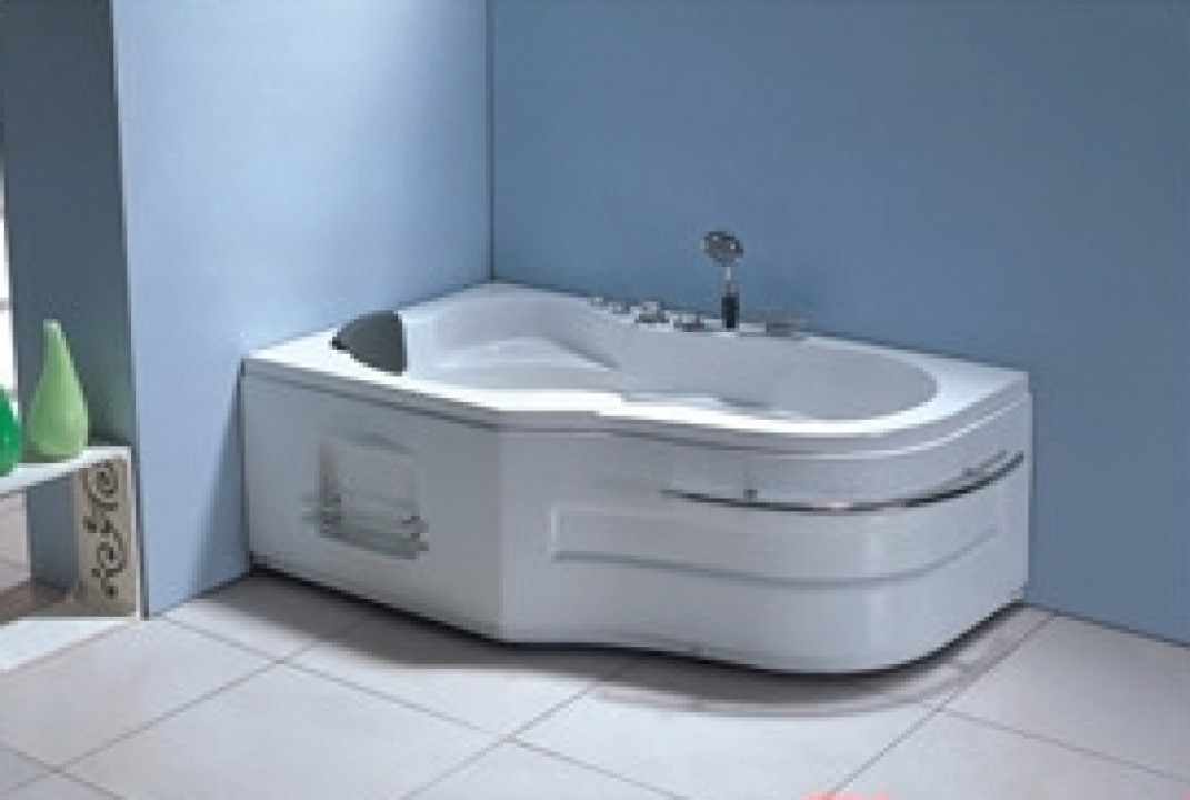 პლ. აბაზანა (ჯაკუზი) 157X96X59 სმ. (6ც წყლის დიდი ჭავლი,საშხაპე ყურმილი.ბალიში.წყლის სატუმბი) TA-207
