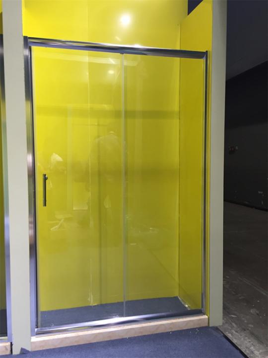 მინის კარები საშხაპე კაბინისთვის 150x180 სმR520A-150